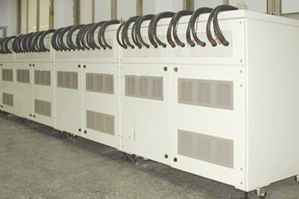 EV用大型電池 大電流充放電評価システム